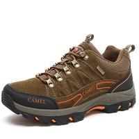 骆驼 CAMEL 户外登山鞋 男士防滑耐磨反绒牛皮徒步鞋 A632026985 卡其 38