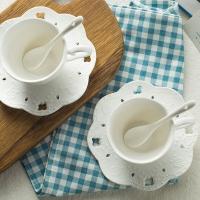 瓷工巧匠 陶瓷水杯咖啡杯 欧式创意纯白浮雕杯子套装 2杯2勺2碟