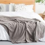 大朴(DAPU)毯子家纺 A类纯棉细条纹毛巾被 舒适毛毯盖毯 薄被 双人 棕色 180*200cm