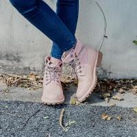 京东京造 马丁靴女工装靴女高帮透气 反绒磨砂头层牛皮 浅粉色 36